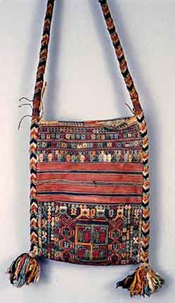 to Jpeg 58K The bag is from the Northeast India collection of the Museum fuer Voelkerkunde, (Ethnological Museum), Berlin and was collected in the 1870s by Adolf Bastian, the first director of the Museum. Peter van Ham who was fortunate to see the piece whilst photographing the collection for an exhibition