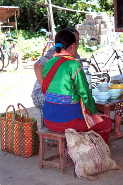 Jpeg 79K Silver Palaung woman taking a break at the 5 day rotating market in Kalaw, southwestern Shan State