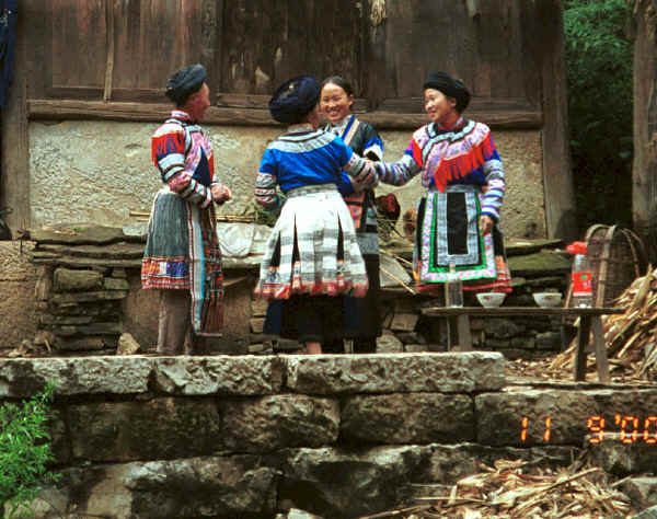 Miao women waiting to welcome us to the village - Chang Tion village, Cheng Guan township, Puding county, Guizhou province 0010w06.jpg
