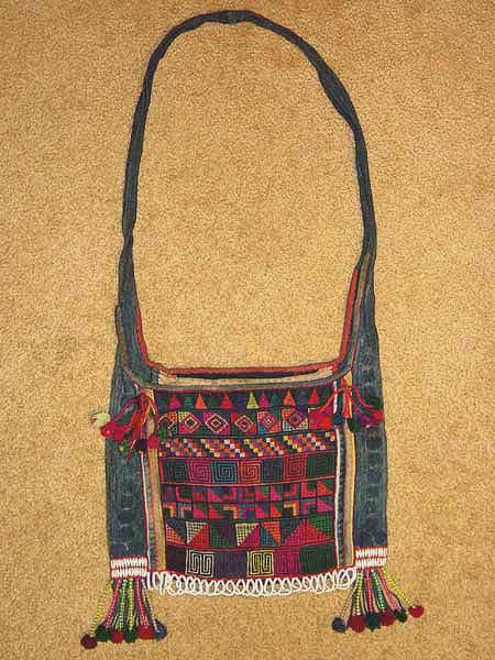 44K Jpeg  Hani embroidered and trimmed bag, Menghai county, Yunnan province, southwest China