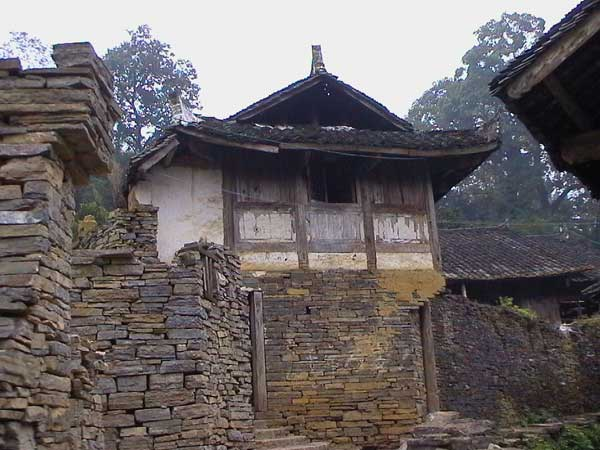 46K Jpeg Fine dry-stone walling around a house in a village in Songtao Miao Autonomous County, Tongren Prefecture, eastern Guizhou Province.