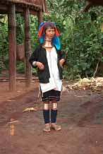 Jpeg 58K Palaung woman outside her house 9809q02t