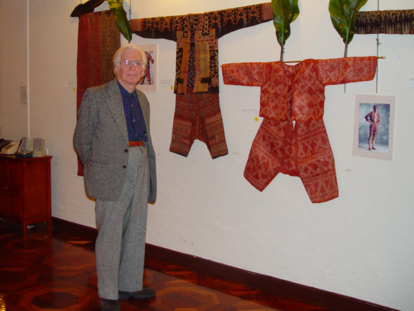72K Jpg Dr Peter Reimann in front of a group of abaka textiles from Mindanao. Photo taken at the opening reception held in the evening of February 4, 2008 for the exhibition of Filipino textiles from the collection of Myunghee & Peter Reimann as exhibited at the Philippine Centre, Philippine Consultate General, New York from February 4-15, 2008.
