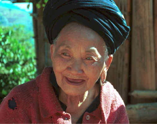 An old Yao lady - she said that she was in her eighties - in a village in the hills around Chiang Rai 8812q17.jpg