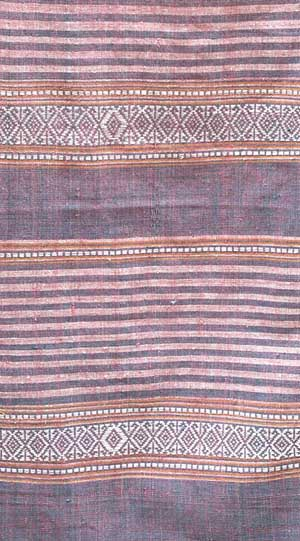 Jpeg 44K mc7 The finished woven fabric has more of an unevenness to the weave and colors which is due to its hand-made nature. The Mai Chau valley, Hoa Binh Province, northern Viet Nam.